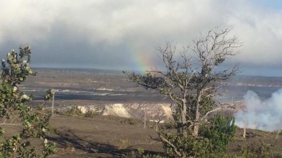 キラウエア火山の火口