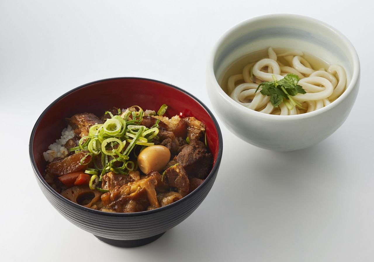 「牛すじちゃんこ丼」